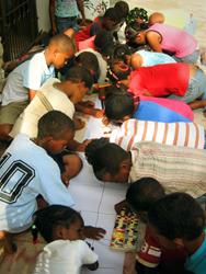 Elaborando las postales para la Navidad de 2011!